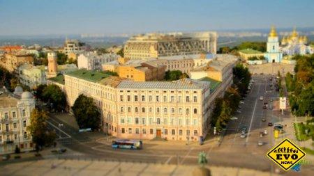 Игрушечный Киев / Красивое видео о Киеве (2012)