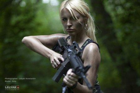 Боевые подруги =) (Девушки и оружие)