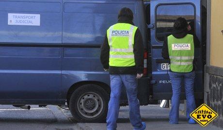 В аэропорту Барселоны задержана пассажирка с кокаиновой грудью