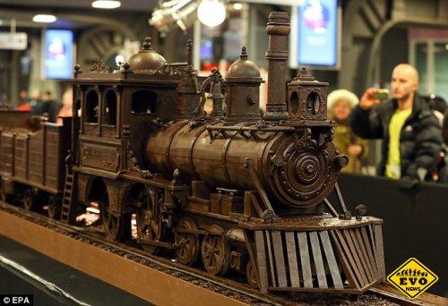 Самый большой в мире шоколадный поезд сделан в Бельгии