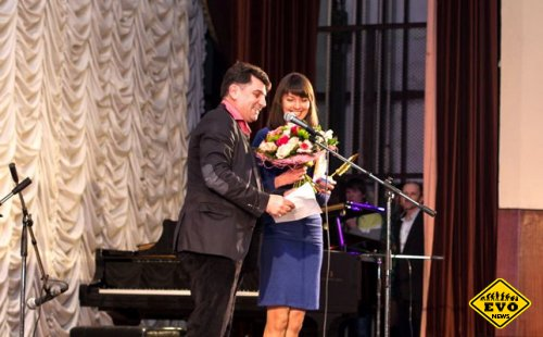 Премия Народный поэт и писатель