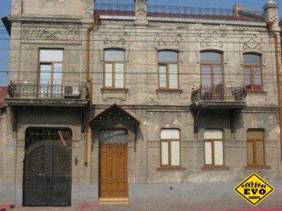 В Крыму через Интернет распродают исторические здания