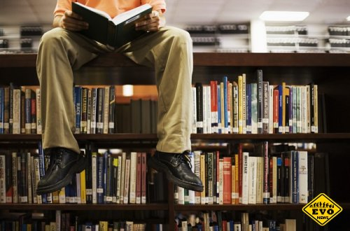 Открылась библиотека, в которой нет бумажных книг