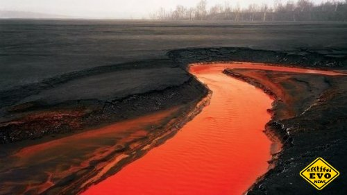 Красная река - фотография сделана в Садбери (Канада)