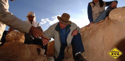 Археологи нашли древний лук, возраст которого составил 7,5 тысяч лет