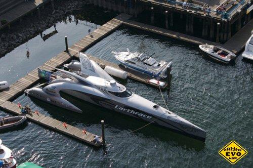 Корабль будущего «Earthrace»