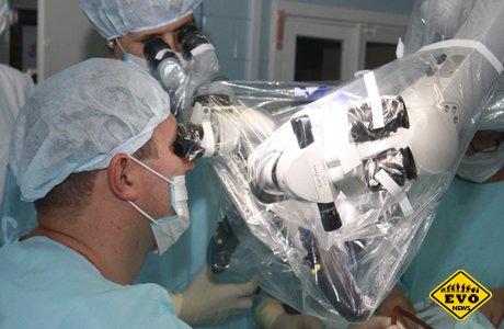 Хирурги провели уникальную операцию не родившемуся ещё ребенку