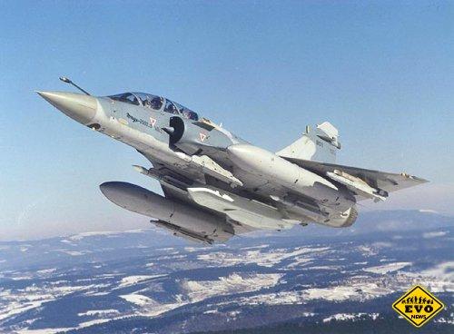 Тактическая модификация боевого самолета «Мираж» 2000