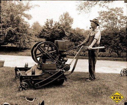 Первая газонокосилка (1916 год)