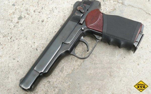 Как И.Стечкин представил чертежи пистолета членам комиссии