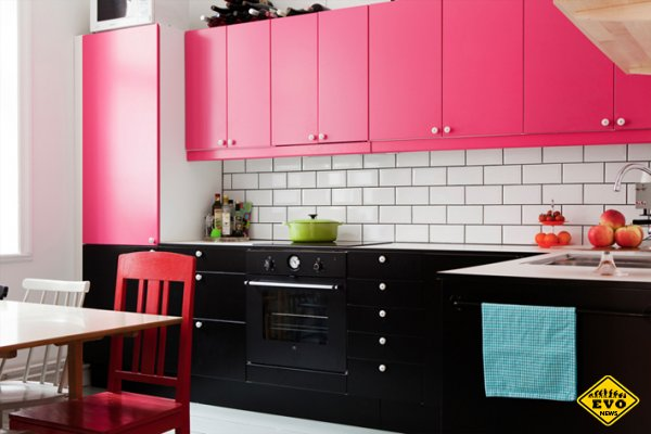 Какого цвета кухня?