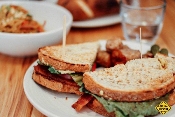 Как не переедать: причины и советы