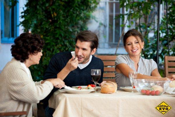 Сын, но не сынок: 10 отличий в отношениях с тем, кто близок с мамой